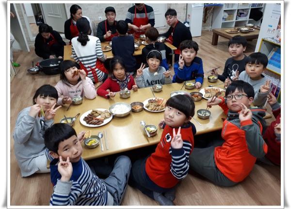 동부 아이들! 'CJ임직원과 함께 하는 즐거운 설날' 활동으로  스트레스 ~안녕입니다.