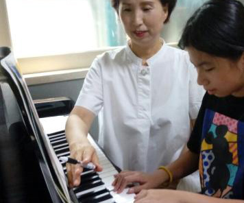 행복을 울리는 피아노  멜로디~♬ (계명지역아동센터 피아노수업 PART2)