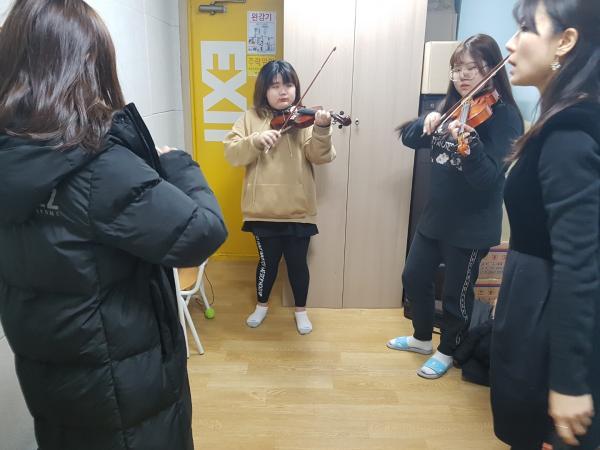 ♪♬ 바이올린 선율에 아이들의 꿈과 희망을 담고~ ♬♪