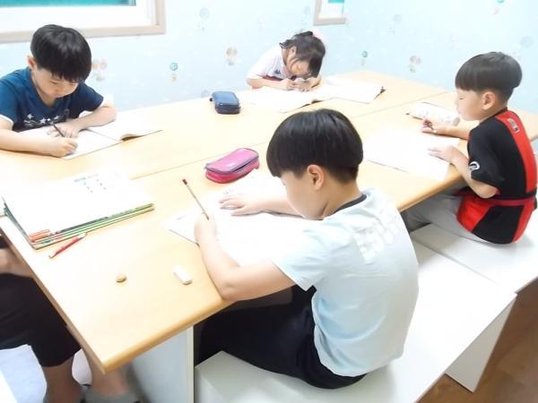 열심히 공부하는 우리는 언제나 맑음!